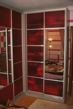 устойчиви червени гардероби мдф
