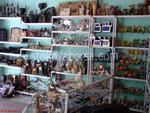 construi rafturi și dulapuri pentru a face cumpărături pentru suveniruri și cadouri