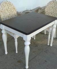 Дизайнерска маса за трапезария