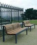 Изработка и монтаж на пейки от метал