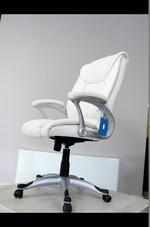 качественни бял директорски стол