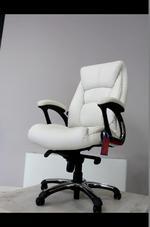 бял директорски стол  за всяко пространство