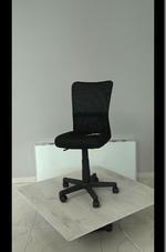 елегантни черни евтини офис столове